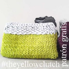Bolso de trapillo a punto. The Yellow Clutch